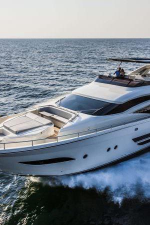 001-dominator-800-yacht-esterno-001