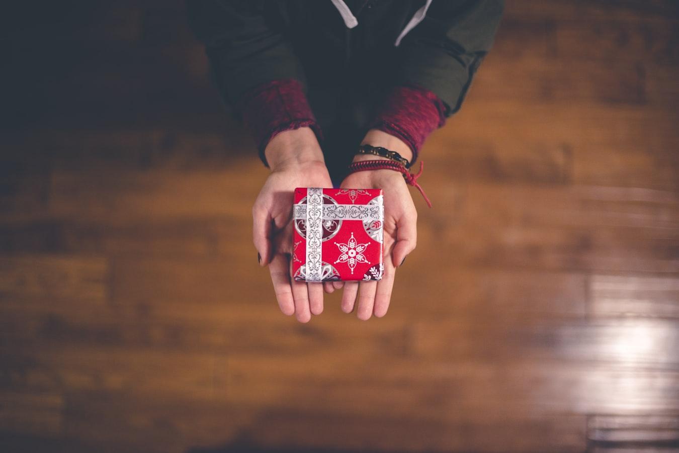 mercato-usato-regali-natale