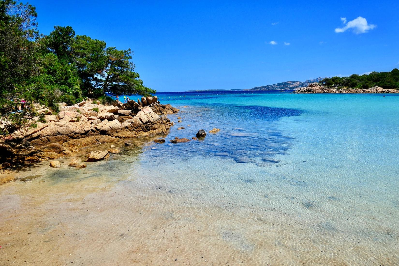 turismo-crisi-voglia-viaggiare-umbria-sicilia-sardegna-puglia-top